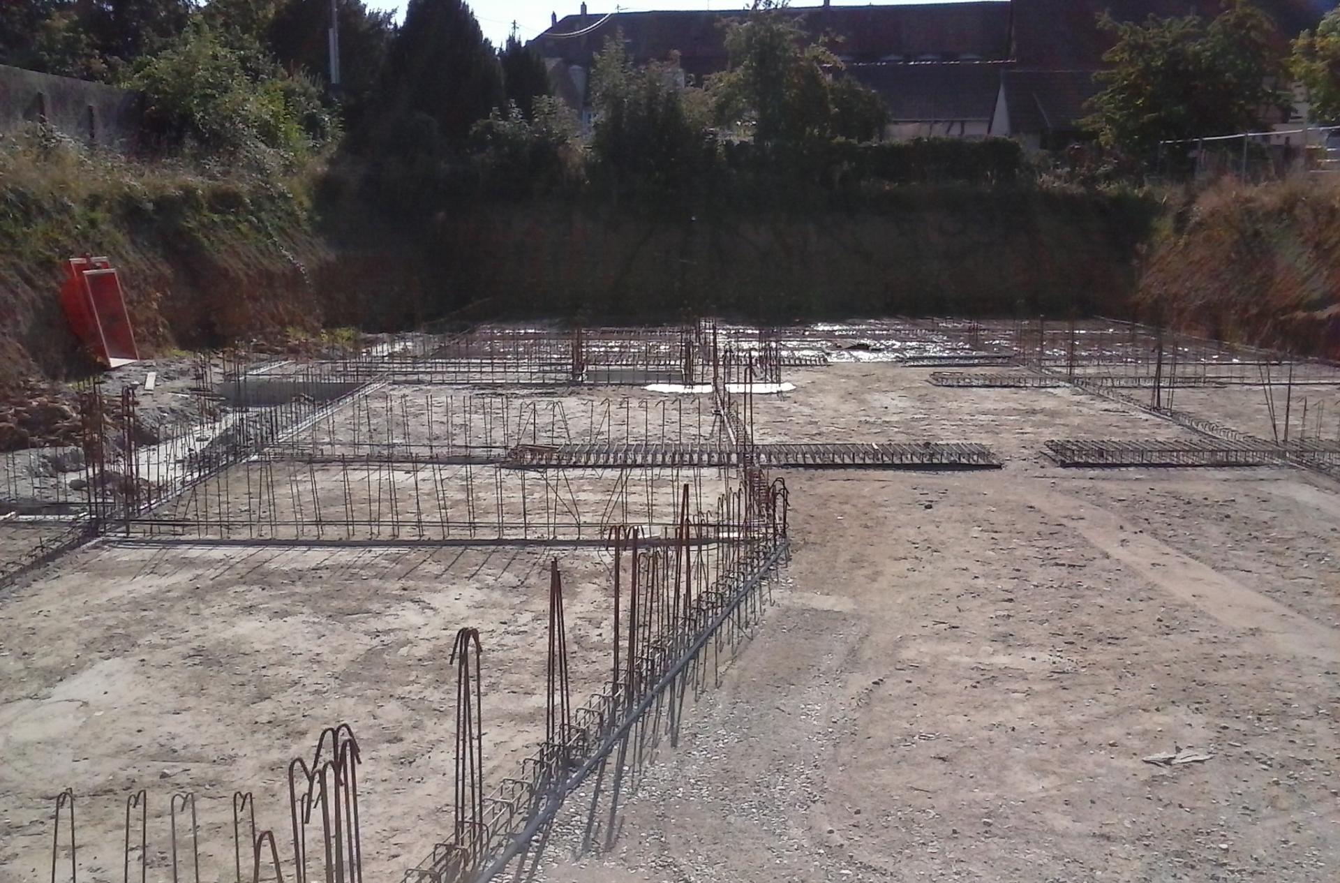 Boux LJdC préparation du sol pour recevoir la dalle du sous-sol 20180917_160828